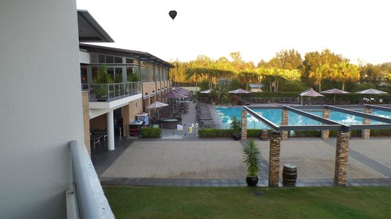 Crowne Plaza Hunter Valley: Early Morning
