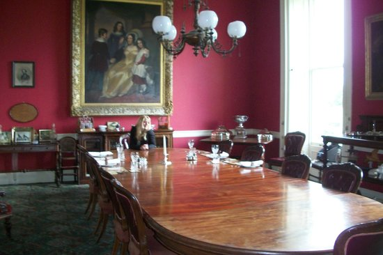 Temple House: dining room