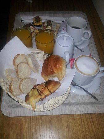 Auditorium di Mecenate : Desayuno servido en la habitación