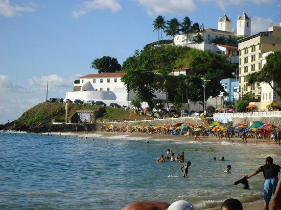 Porto da Barra: Uma das melhores praias que já visitei