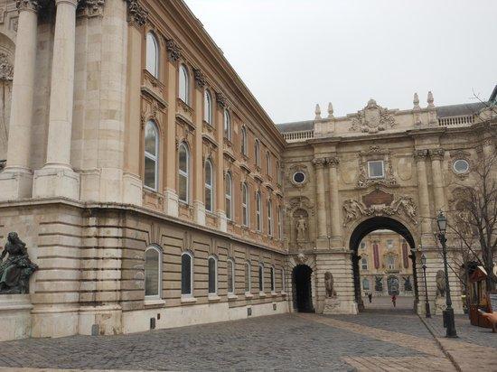 Burgpalast: Palazzo reale