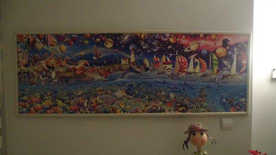 Ada Home Istanbul: Картина в холле