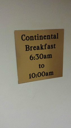 Ramada Pigeon Forge North: Hot Breakfast