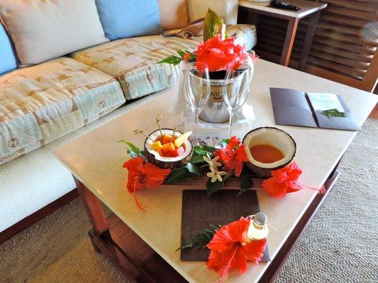 Four Seasons Resort Bora-Bora : Welcome