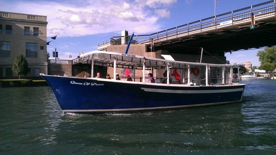 Niagara River Cruises: getlstd_property_photo