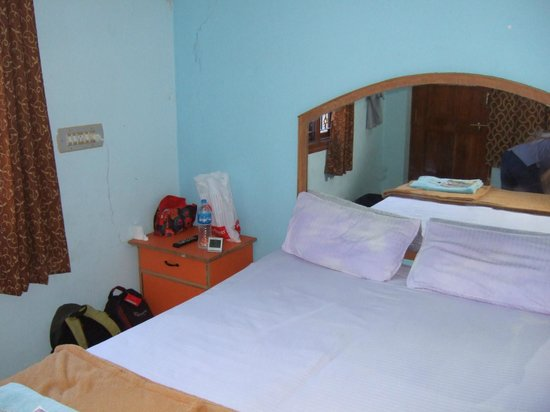 Thilak Home Stay: Room