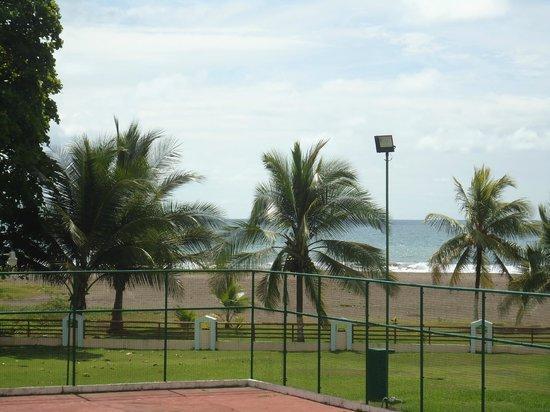 Best Western Jaco Beach All Inclusive Resort: Tomada desde la habitación hacia la playa