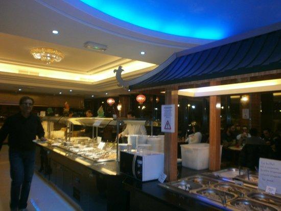 il buffet picture of le dragon d 39 or restaurant asiatique nice tripadvisor. Black Bedroom Furniture Sets. Home Design Ideas