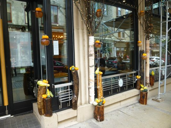 Old Quebec: store front
