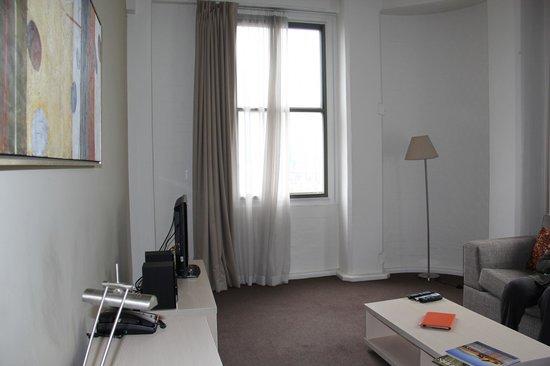 Oaks Goldsbrough Apartments: Lounge