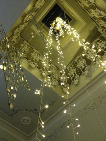 La Casa Noble : Looking up into the central staircase