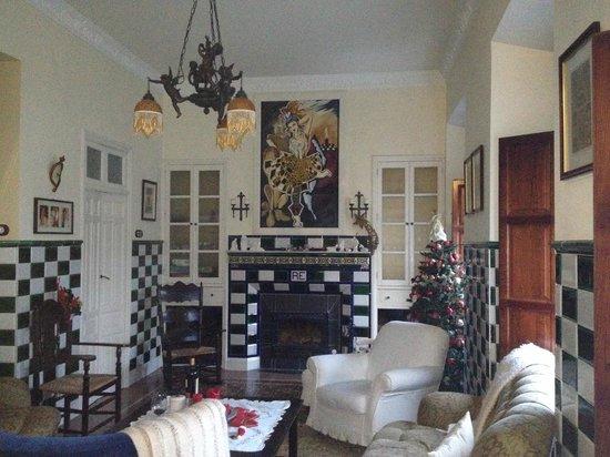 La Casa Noble : The Salon