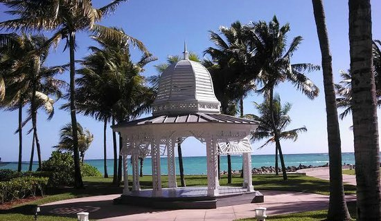 Grand Lucayan, Bahamas: Wedding gazebo