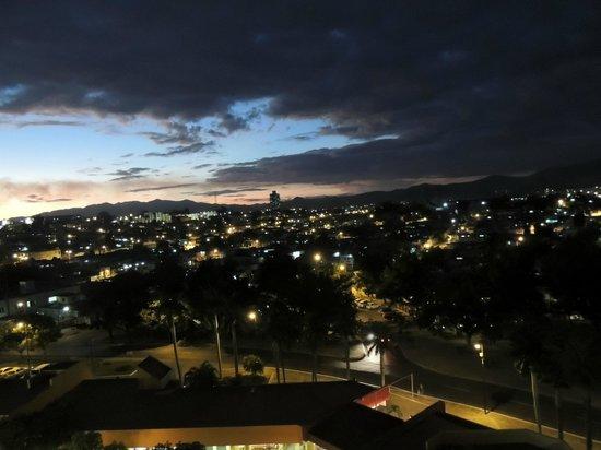 Meliá Santiago de Cuba: Blick von der Dachterrasse
