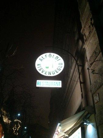 Restaurant Alföldi Vendéglő: Insegna