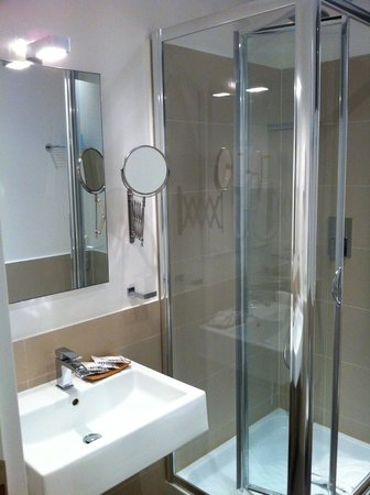 Residence Regola: The bathroom