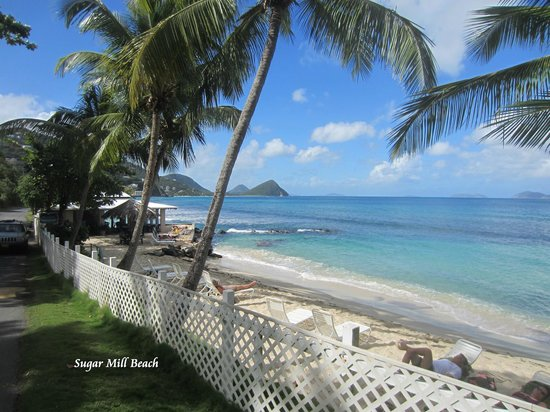 Sugar Mill Hotel : Sugar Mill Beach Area as seen from the road.
