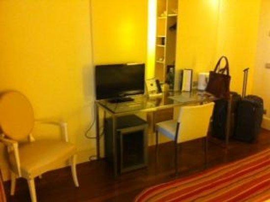 Hotel Londra: TV