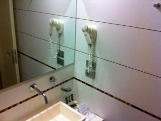Hotel Londra: phon