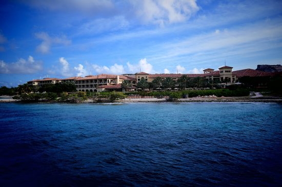 Santa Barbara Beach & Golf Resort, Curacao : Вид с воды