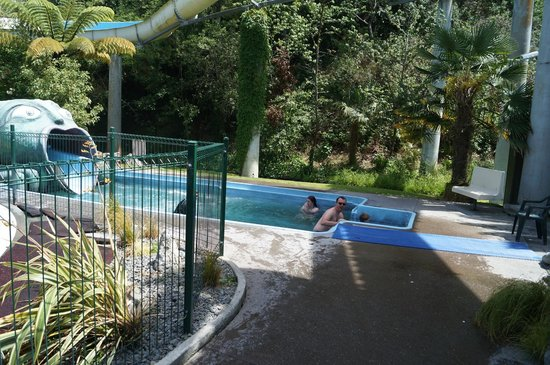 Taupo DeBretts Spa Resort: dragon slide