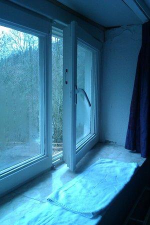 Hotel L'Eau Vive: Een beeld op onze vensterbank...