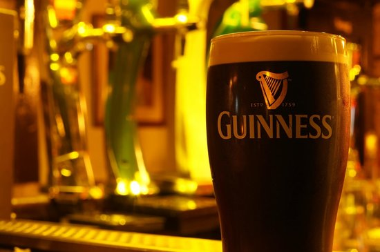 Ashes Pub and Restaurant: Best Guinness in Ireland