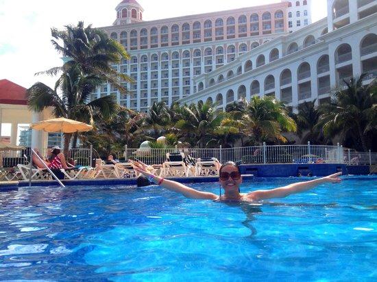 Hotel Riu Cancun: O Hotel