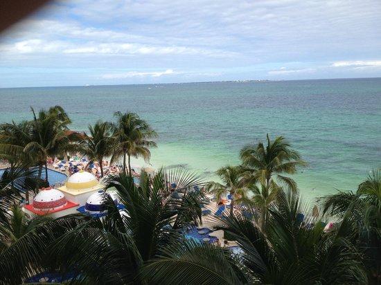 Hotel Riu Cancun: Vista Nublada da Varanda 339B - Junior Suite