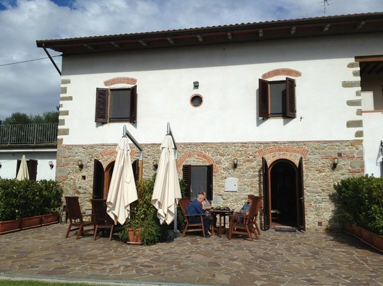 Agriturismo Casa Vacanze Belvedere Pozzuolo: Exterior