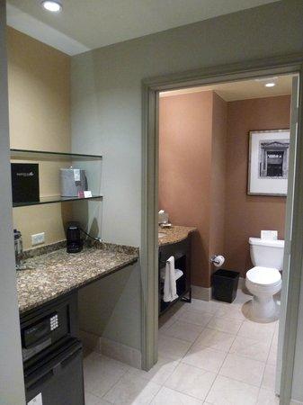 Magnolia Hotel Houston: Bathroom
