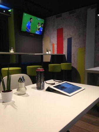 Ibis Budget Koeln Leverkusen City : lobby