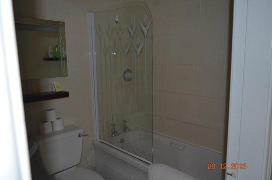 Slidala Bed & Breakfast : Ванная комната