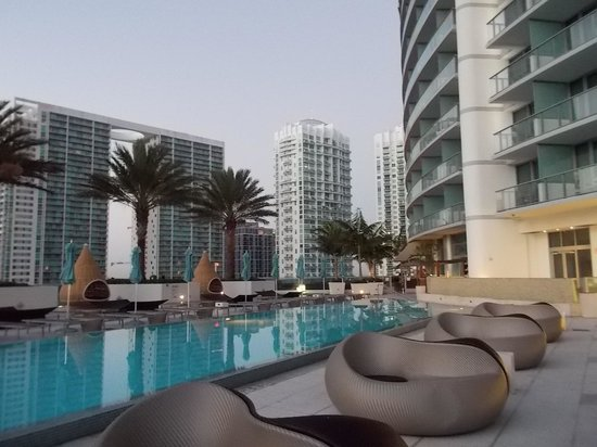 Kimpton EPIC Hotel: piscina