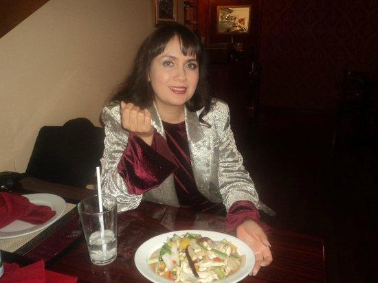 Bangkok Thai Cuisine: feliz con mi platillo