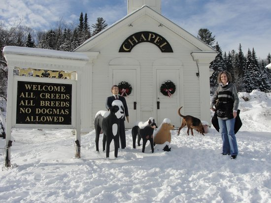 Dog Mountain : Dog Chapel