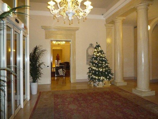 Palazzo San Lorenzo Hotel & Spa: Hall