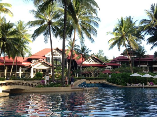 Dusit Thani Laguna Phuket: the gardens