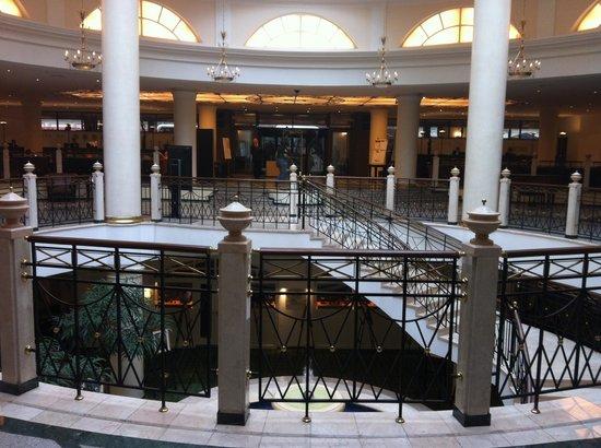 Moscow Marriott Grand Hotel: the lobby