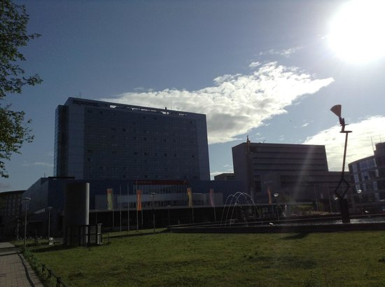 Novotel Den Haag World Forum: View from the outside