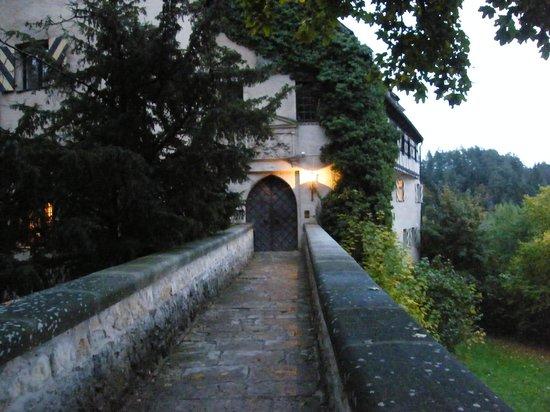 Burg Rabenstein: Entrance