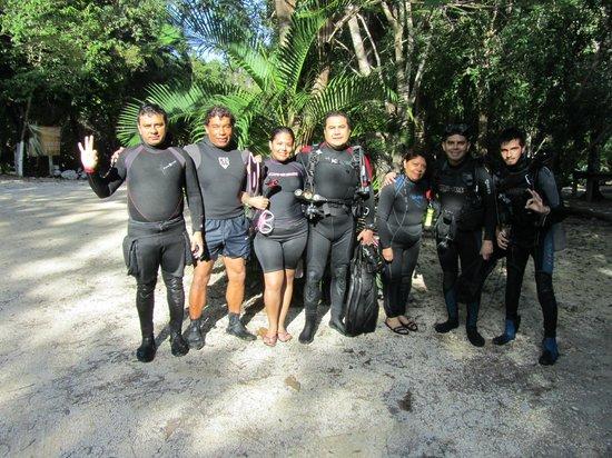 Luum ha Divers: Cenote Dos Ojos