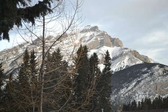 Delta Banff Royal Canadian Lodge: Our beautiful view from our room