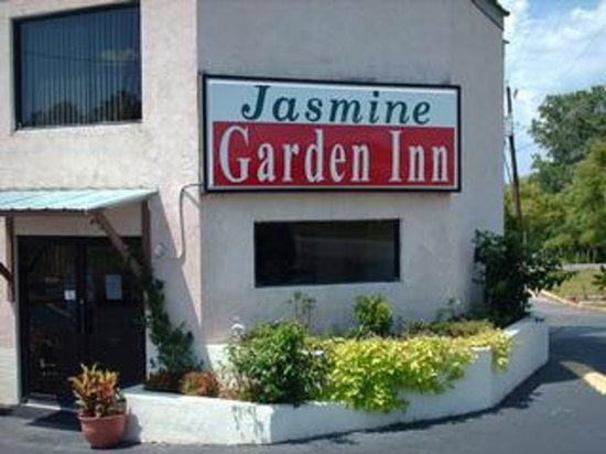 Jasmine Garden Inn : Office