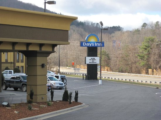 Days Inn Asheville/Tunnel Road & I-40: Signage