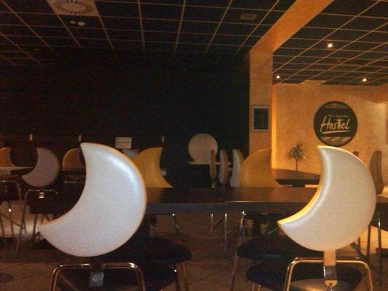 New Moon Resort & Hostel: Lobby del hostal