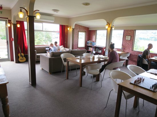 Wanaka Bakpaka : Common area where you can chat, have your meals, or simply relax