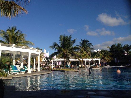 Hotel Riu Montego Bay : Pool area