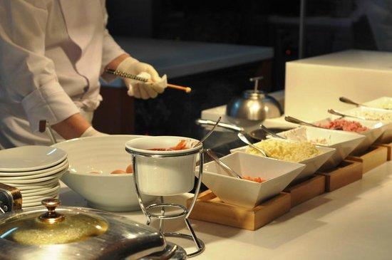 Lotte Hotel Seoul: Breafast buffet at La Seine Omelette Station JenCooksKorean