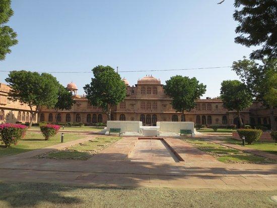 Lallgarh Palace: Innenhof